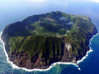 【青ヶ島】日本で1番人口の少ない島。.png